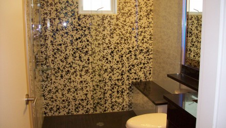 Before – Vancouver – Bathroom