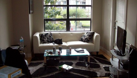 Before – Arbutus Walk – Living Room
